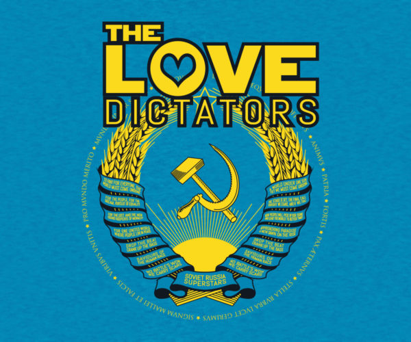 The Love Dictators Aufdruck Crest Logo auf Heather Sapphire Shirt
